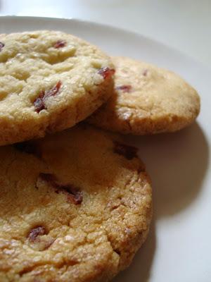 Ricetta Cookies Cioccolato Bianco E Mirtilli.Cookies Cioccolato Bianco Mirtilli Rossi Vaniglia Storie Di Cucina