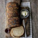 bagel-bread in cassetta, già con la testa nelle colazioni del week-end…?! ;)