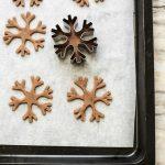 Biscottini speziati alla cannella e zenzero con cruschello e miele, e buona Befana a tutti!