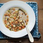 Coccole infrasettimanali: minestra di farro, zucca, topinambur e alga kombu