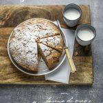 Cucinare, semplicemente assorta: torta con latte di mandorle e farina d'orzo