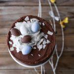 Una torta cocco, cioccolato e ovetti semplice ma efficace per dirvi Buona Pasqua ;)