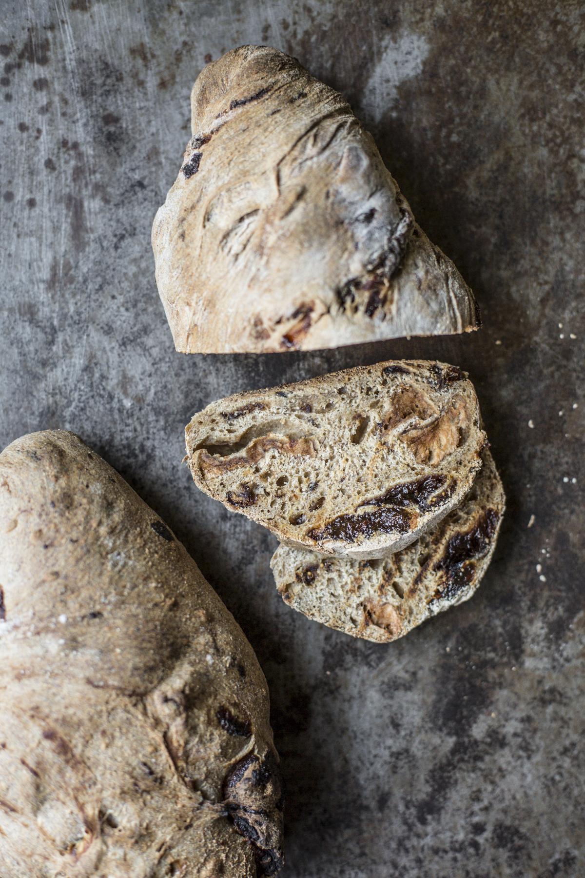 Pane integrale miele fichi prugne, albicocche e mele secche by Vaniglia Storie di cucina