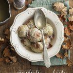 Canederli in brodo con speck croccante | Vaniglia Storie di Cucina
